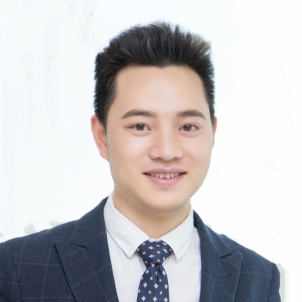 嘉阅滨江置业顾问胡小强