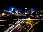 """一座用 """"地铁拉来的商圈"""",未来还将成为上海的城市副中心"""