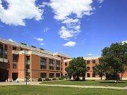 天津外国语大学附属学校选址位团泊东区 周边受益高层9500