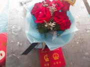 史丹利地产   七夕遇见玫瑰花,这里的空气有点甜!