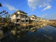 腾冲水墨中国中西结合90㎡温泉洋房在售中