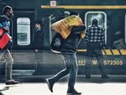 临沂滨河万达广场 | 还有9天过年,你踏上回家的路了吗?