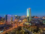 霞公府是距离紫禁城最近的高端居所之一