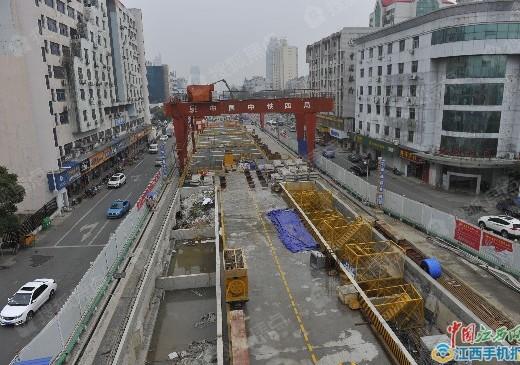 南昌地铁3号线首座车站封顶 沿线盘看起来